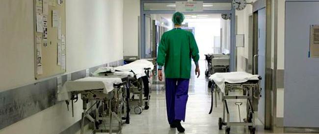 """Sanità, la scure della """"spending review"""" su assistenza e cure"""