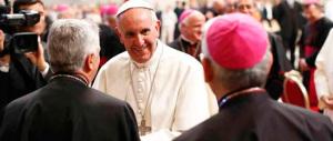 Bergoglio apre il Sinodo con l'invito «a parlare con chiarezza, il Papa garantisce tutti»