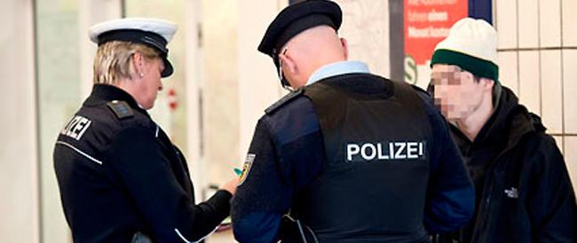 Trasportavano immigrati in Germania: la polizia tedesca arresta decine di tassisti veneti