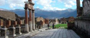 Pompei, fonte inesauribile: trovato lo scheletro di un bimbo in fuga dall'eruzione