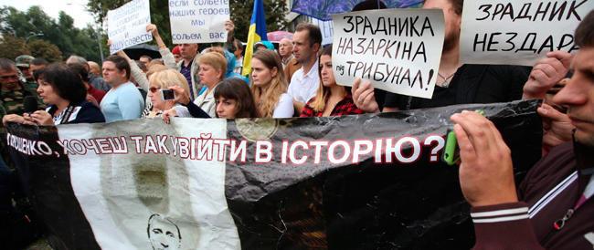 FdI e Lega contro le sanzioni a Mosca: «Il governo italiano la smetta di servire interessi stranieri»
