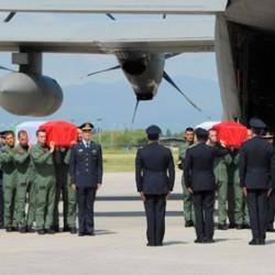 Beccalossi e La Russa rendono omaggio ai quattro piloti dei Tornado. Martedì alle 11 i funerali