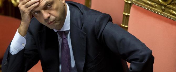 Alfano difende la polizia: «Nessuna volontà di manganellare gli operai»