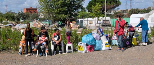 """Un rom """"povero"""" aveva villa con piscina e beni per mezzo milione"""