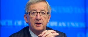 Juncker, incredibile accusa a Trump: «Potrebbe scatenare una guerra nei Balcani»