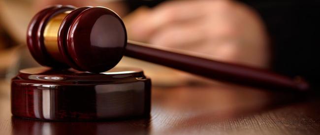 Inghilterra, giudice paga le spese alla vittima che uccise il suo aguzzino