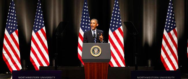 Falso deputato sul palco con Obama, nuova bufera sulla sicurezza del presidente