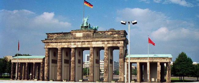 Berlino festeggia i 25 anni dalla caduta del Muro. La fine di un incubo, una lezione per tutti