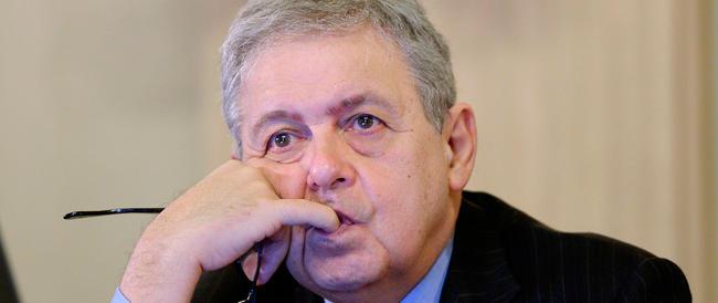 Chiesto il processo per il sondaggista Mannheimer accusato di una frode fiscale da 10 milioni di euro: «restituirò tutto»