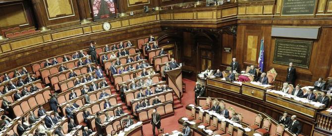 Via libera del Senato alle missioni internazionali e alle armi italiane ai curdi: 17 astensioni, no di Sel e M5S