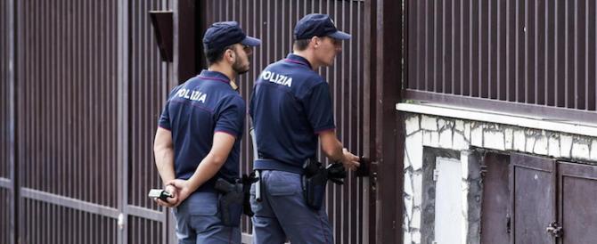 Diciassette anni, accoltella e uccide il fratello: il movente forse è legato ai soldi