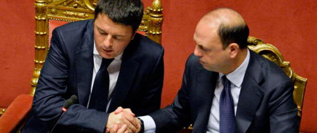 Ncd getta la maschera: «Noi mai di destra. Cambiamo nome, Renzi ci aspetta»