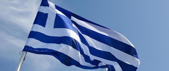 Lo spettro della Grecia torna a spaventare i mercati. Affondano le Borse europee, con Milano in testa