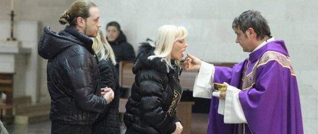 Sinodo, Tettamanzi apre alla comunione per i divorziati. Ma a precise condizioni