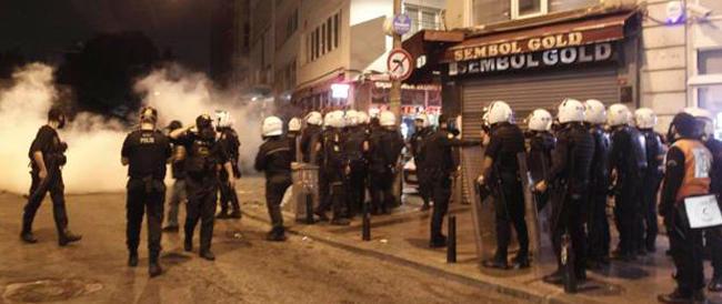 Manifestazioni pro curdi in Turchia: 12 morti