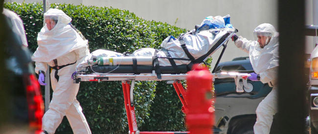Ebola, Obama scuote l'Europa: «Serve più impegno dalla Ue».  Vertice straordinario a Bruxelles