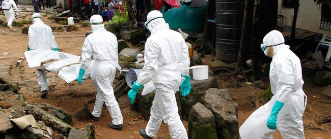 Ebola, ora l'Oms punta sul vaccino italiano: si produrrà a Pomezia