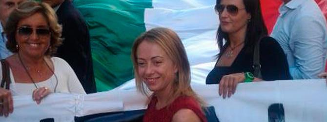 """""""Mare nostrum"""", Fratelli d'Italia guida la rivolta da Reggio Calabria. E la """"tempesta""""  infuria su Twitter"""