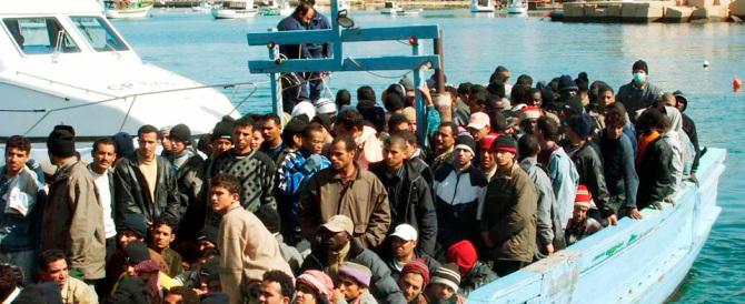 Immigrati, tra Lega Nord e Caritas è lite sui numeri dell'«invasione»