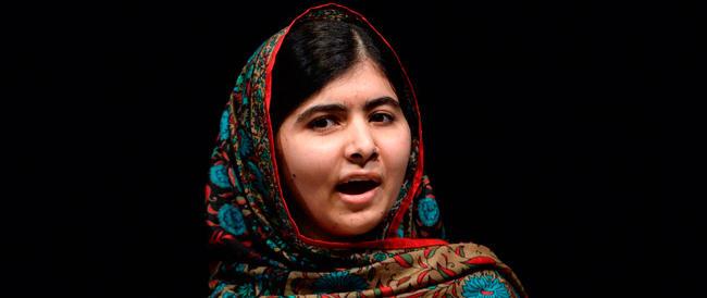 Malala, dopo il Nobel arrivano le minacce dei talebani: «Per lei abbiamo preparato coltelli affilati»