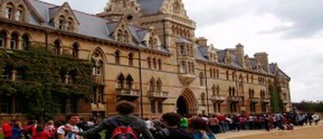 Vuoi entrare all'Università di Oxford? Devi rispondere a domande bizzarre (e che Dio te la mandi buona)