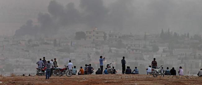 L'Isis condanna a morte quattro donne nel nord dell'Iraq. In Siria Kobane resiste ma fino a quando?