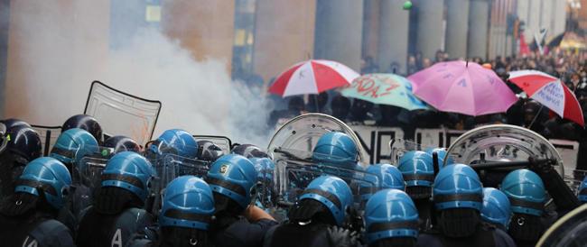 Scontri di Bologna: tra i fermati un antagonista che era già stato denunciato 67 volte