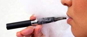 Vietata ai minori la vendita di sigarette elettroniche con nicotina