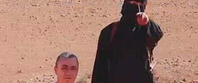 Decapitato dall'Isis l'ostaggio inglese. Obama e Cameron: «Prenderemo gli assassini»