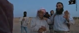 Video choc dell'Isis: lapidata una donna. Tra i boia c'è anche il padre