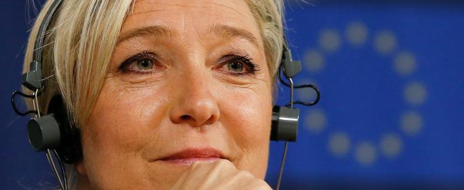 Eliseo più vicino per Le Pen. La terza via seduce giovani, operai e borghesi
