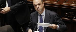 Alfano si difende alla Camera, ma rimane sotto attacco del Pd