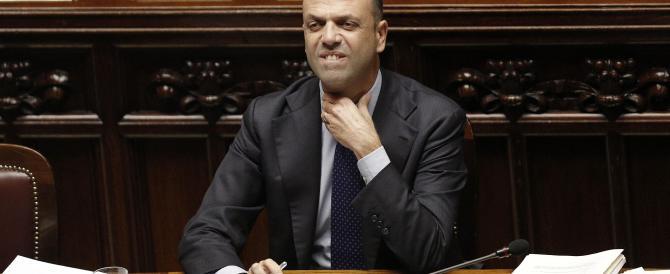 Alfano rispolvera i due forni: con Fi alle politiche, con il Pd alle regionali