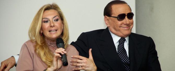 """Berlusconi suona la carica: «Torno da innocente». E lancia il """"No tax day"""""""