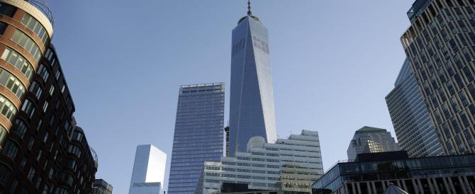 I tacchi a spillo di Vanity Fair nella Freedom Tower di New York