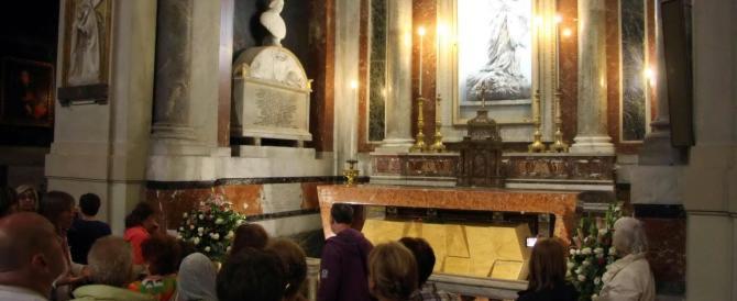 Niente cresima in cattedrale al figlio del boss: infuria la polemica