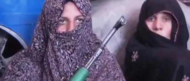 Cuore di mamma (afghana): per vendicare il figlio uccide 25 talebani