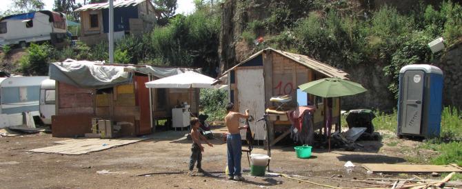 Usura, quattro nomadi in manette: hanno rovinato il titolare di un bar