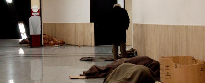 Accade a Siena: gli italiani dormono in stazione, i profughi in alloggi di lusso