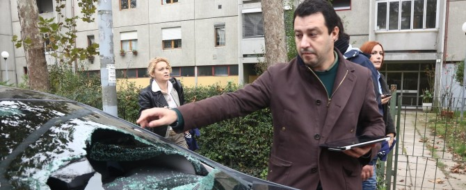 Dieci ultrà dei centri sociali denunciati per l'assalto a Salvini