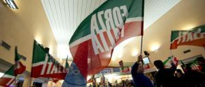 Modena, incendiato il camper di candidato di Forza Italia