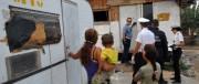 A Torrevecchia rom scatenati: sassi e bottiglie contro gli studenti