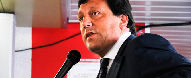 Conti in Svizzera per Di Stefano, esperto economico del premier
