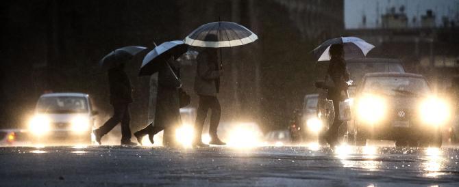 Carrara, il sindaco ordina l'evacuazione di tutti i piani terra