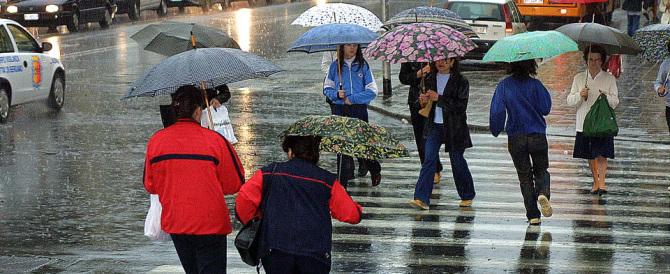 «Piove, siamo in guerra, tutti nei rifugi». Il delirio di Marino in 8 mosse
