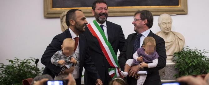 Il Tar a Marino: «Le nozze gay restano nulle». E lui insiste: nuovo ricorso