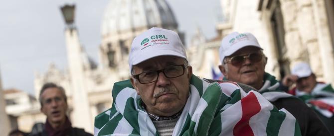 «Non stiamo sereni»: i pensionati all'attacco del premier