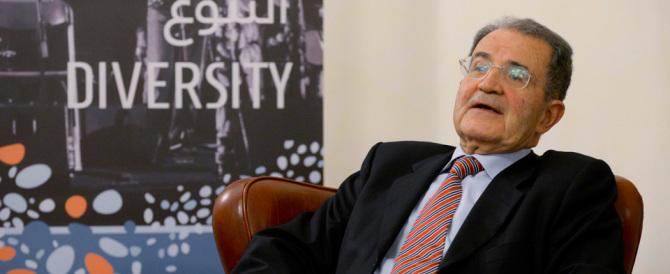 Prodi ha una proposta nuova: riesumare l'Ulivo (per ammazzare Renzi)