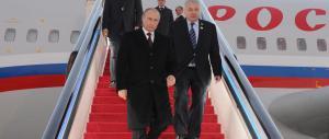 Primo matrimonio gay in Russia: una pagliacciata usata contro Putin