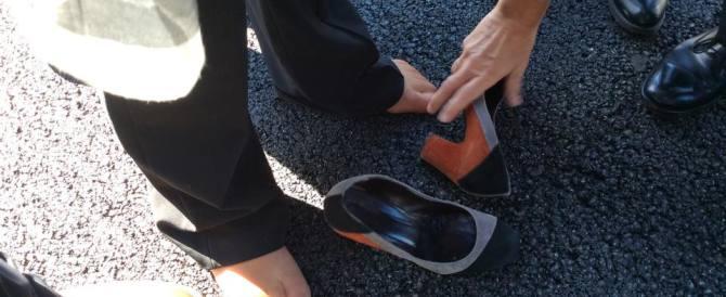 Cenerentola, il principe Renzi e la scarpetta: ecco cos'è successo